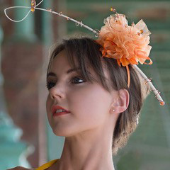 Fascinator on a girl
