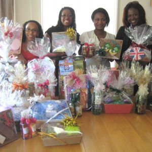 Attendees at Arona's one-day hamper & gift basket course